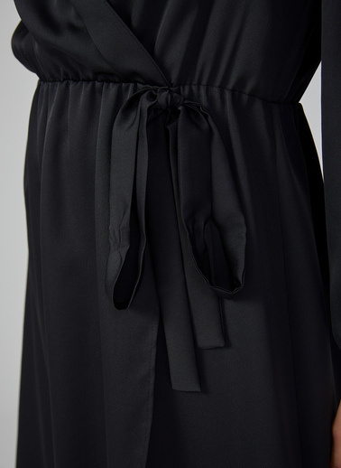 Gusto Kadın Siyah Şal Yakalı Beli Kuşaklı Elbise 20KG009353 Siyah